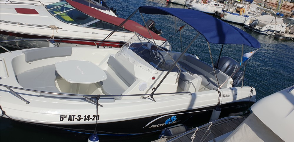 Pacific Craft Pacific Craft 670 Open between personal and professional Alicante