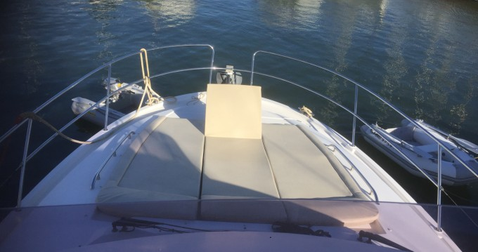 Hire Motorboat with or without skipper Jeanneau Cogolin