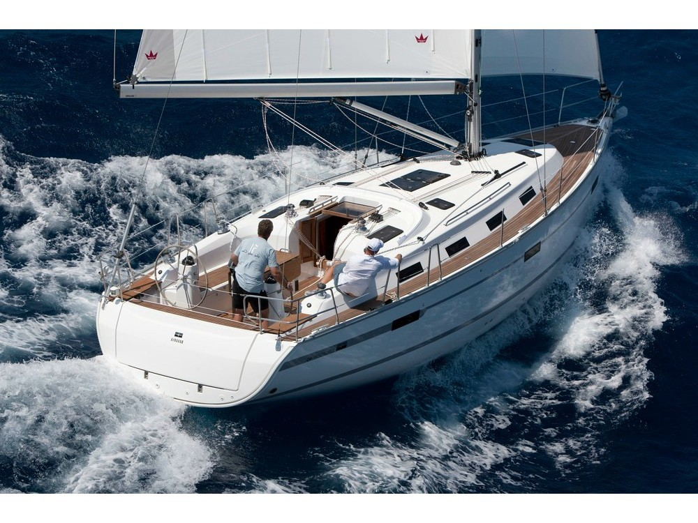 Hire Sailboat with or without skipper Bavaria Nacka