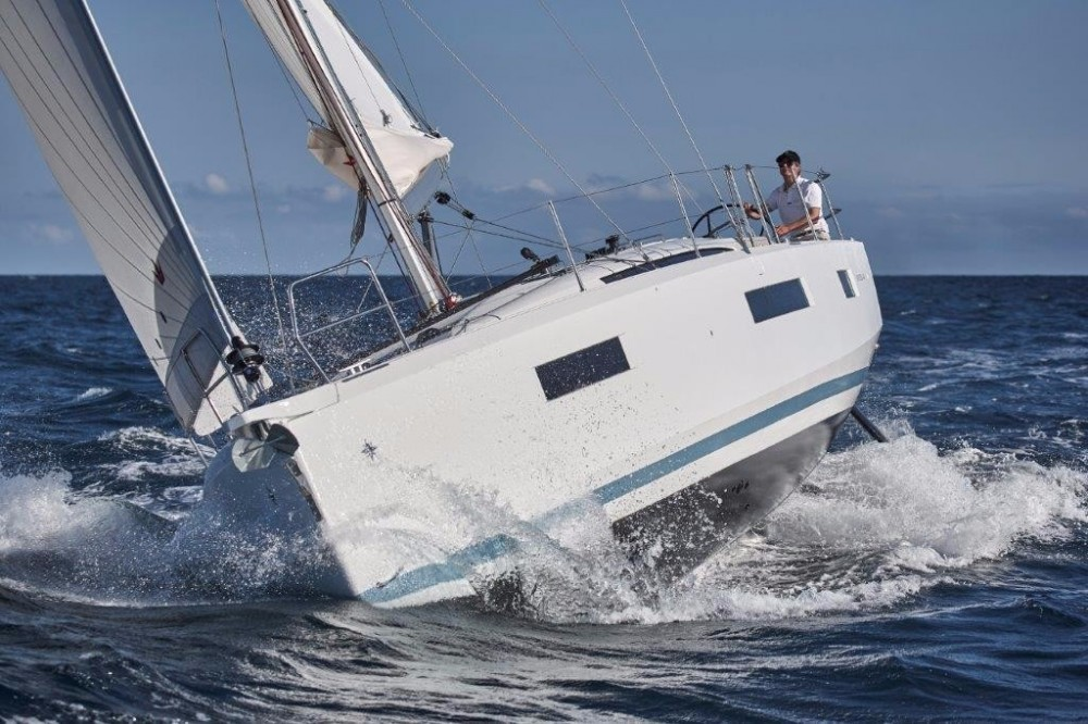 Jeanneau Sun Odyssey 440 between personal and professional Aegean