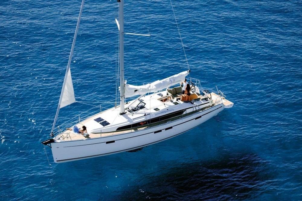 Boat rental Bavaria Bavaria Cruiser 46 - 4 cab. in Trogir on Samboat
