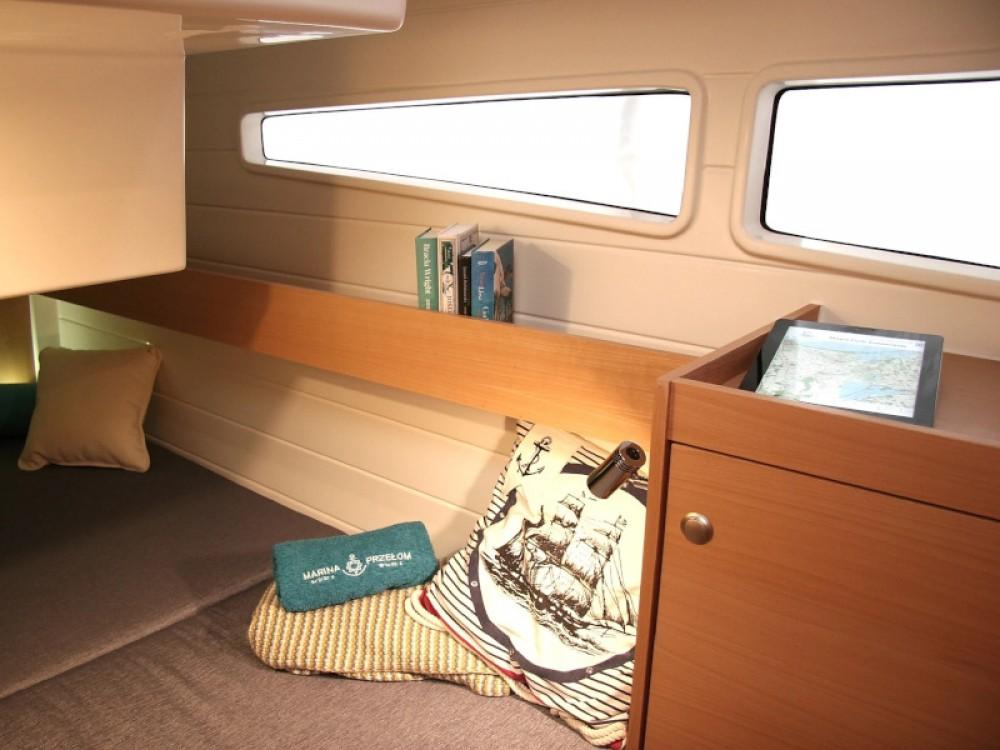 Rental Motorboat in Wilkasy - Delphia Platinum 989