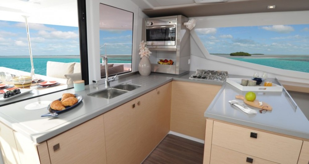 Boat rental US Virgin Islands cheap Helia 44