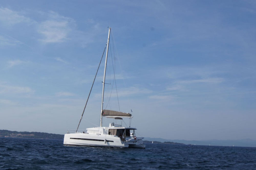 Rental Catamaran Catana with a permit