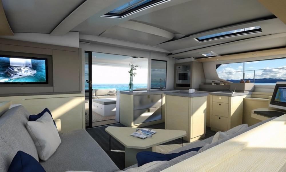 Rental Catamaran in Airlie Beach - Fountaine Pajot Saona 47