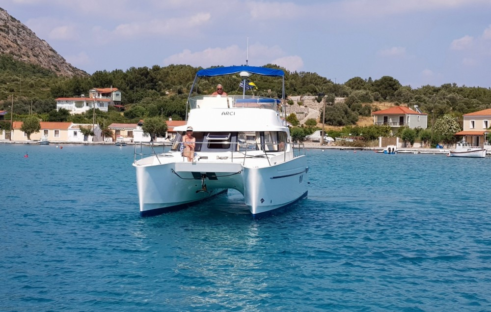 Boat rental Fountaine Pajot Greenland 34 in Fréjus on Samboat