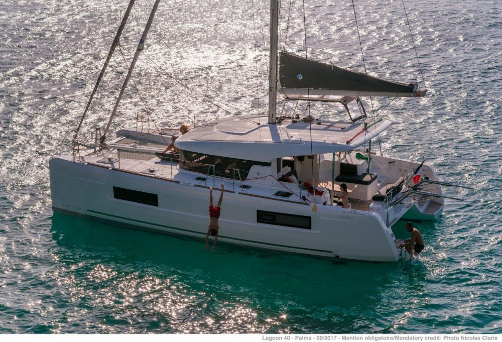 Rental Catamaran in Rogoznica - Lagoon Lagoon 40 - 4 + 2 cab