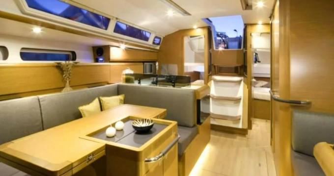 Rental yacht San Miguel De Abona - Jeanneau Sun Odyssey 439 on SamBoat