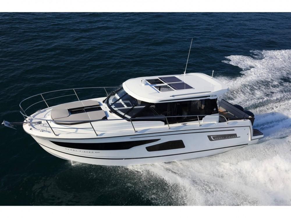 Rental yacht Nettuno - Jeanneau Merry Fisher 1095 on SamBoat
