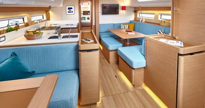 Rental Sailboat in Nettuno - Jeanneau Sun Odyssey 490