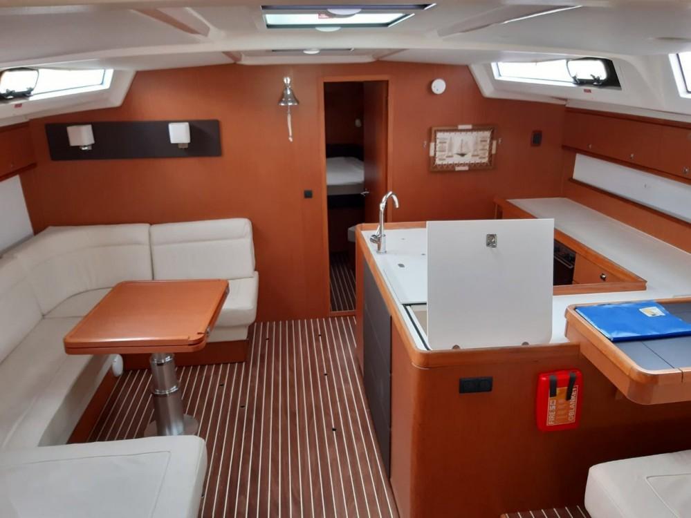 Rental yacht Follonica - Bavaria Cruiser 56 on SamBoat