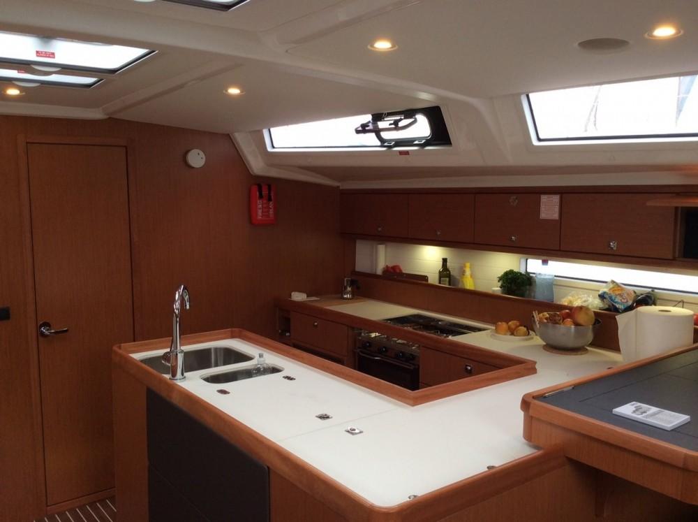 Boat rental Bavaria Cruiser 56 in Follonica on Samboat