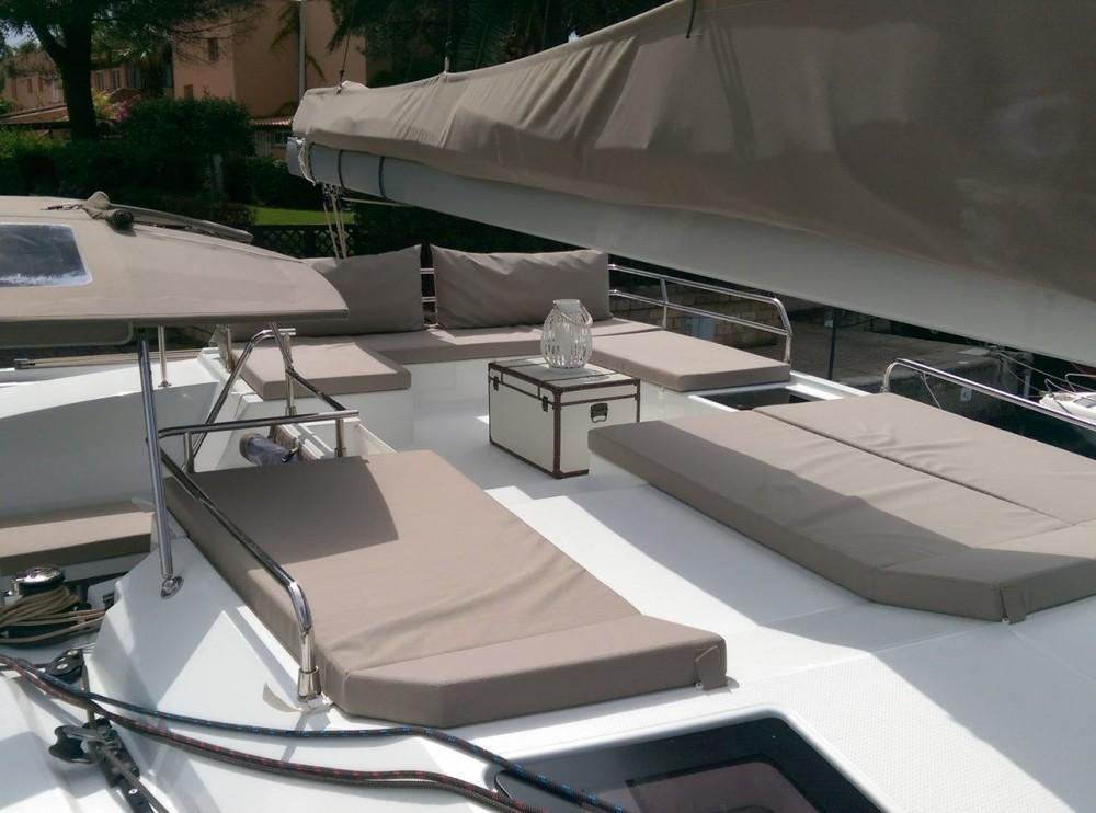 Rental Catamaran in Cannigione - Fountaine Pajot Saba 50