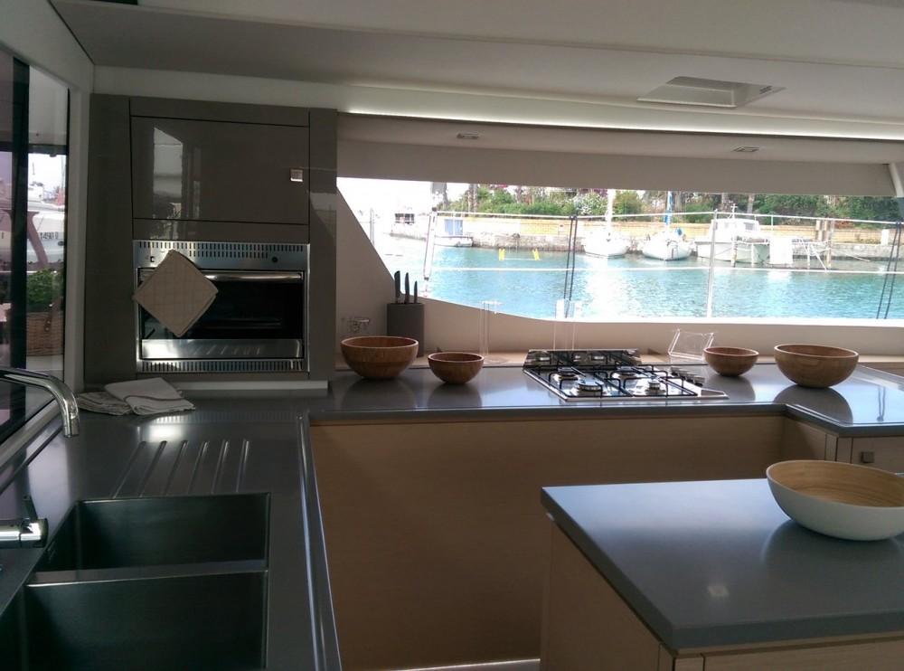 Boat rental Fountaine Pajot Saba 50 in Cannigione on Samboat