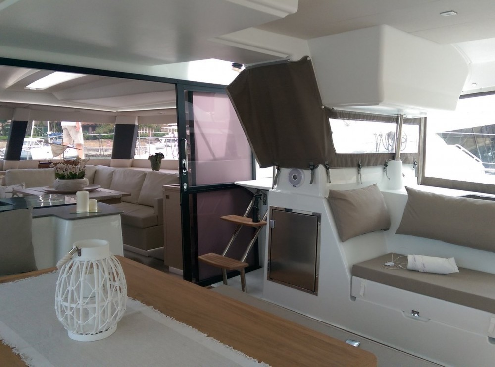 Hire Catamaran with or without skipper Fountaine Pajot Cannigione