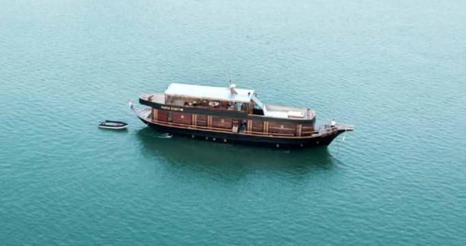Rental Yacht in Koh Kaeo -  Wooden motor yacht