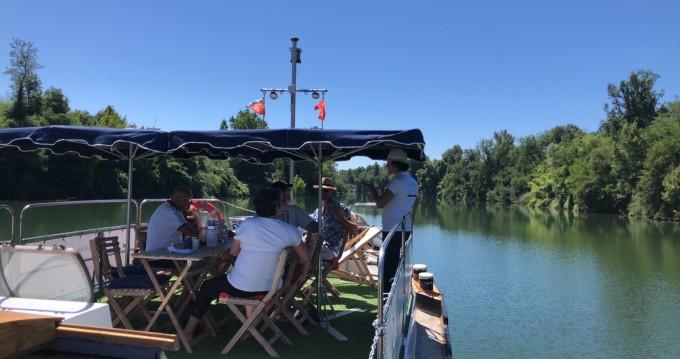 Rental Canal boat in Montauban - Alphen aan den Reijn Luxe Motor