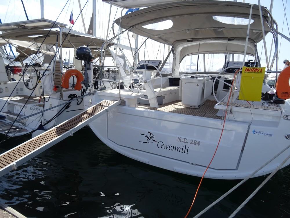 Rental yacht Álimos - Bénéteau Oceanis 461 on SamBoat