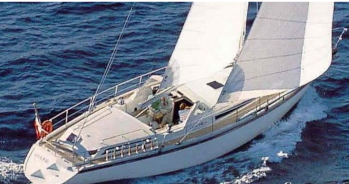 Boat rental Old Port of Marseille cheap Santorin Sloop