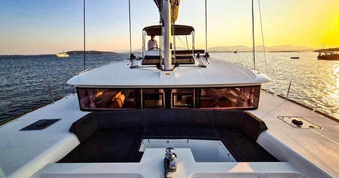Rental Catamaran in Villasimius - Lagoon Lagoon 450 F