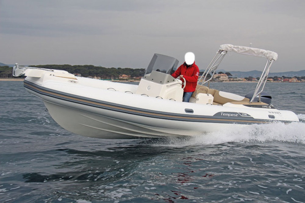 Hire RIB with or without skipper Capelli Fort-de-France