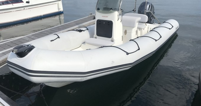 Bombard Sunrider 650 between personal and professional Concarneau