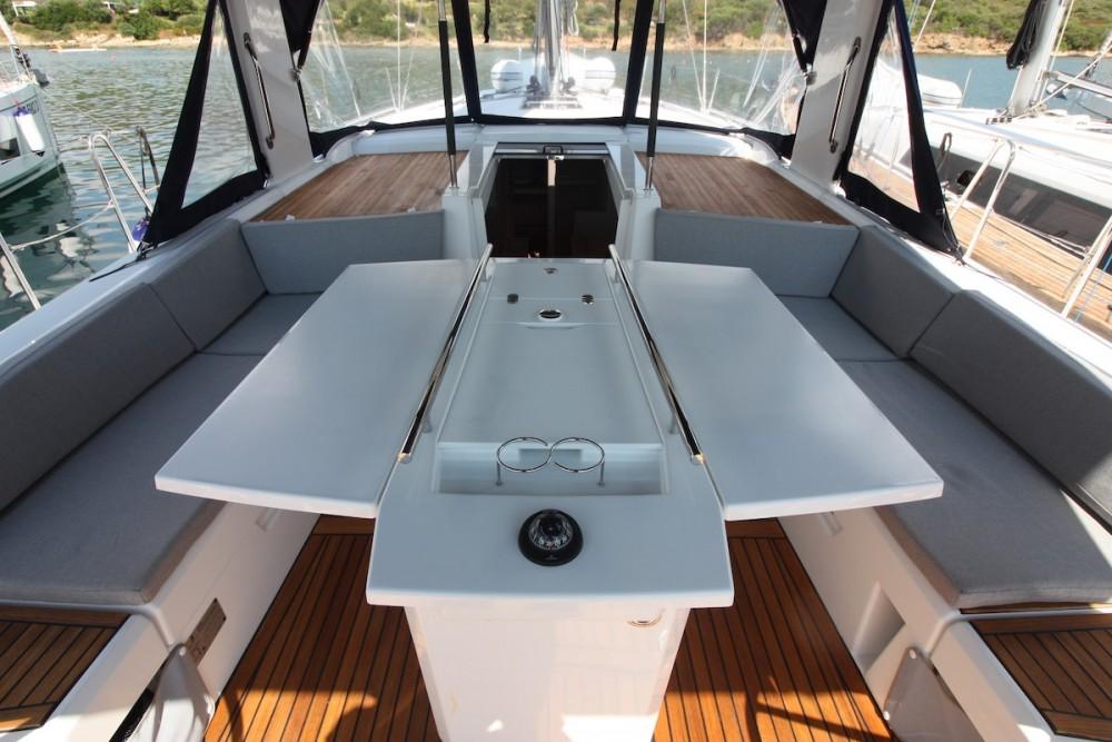 Rental Sailboat in Olbia - Bénéteau Oceanis 46.1 - 3 cab.