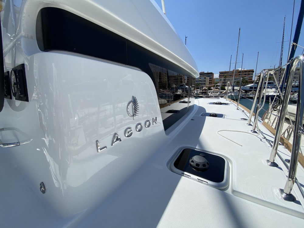 Rental Catamaran in Ibiza - Lagoon Lagoon 40