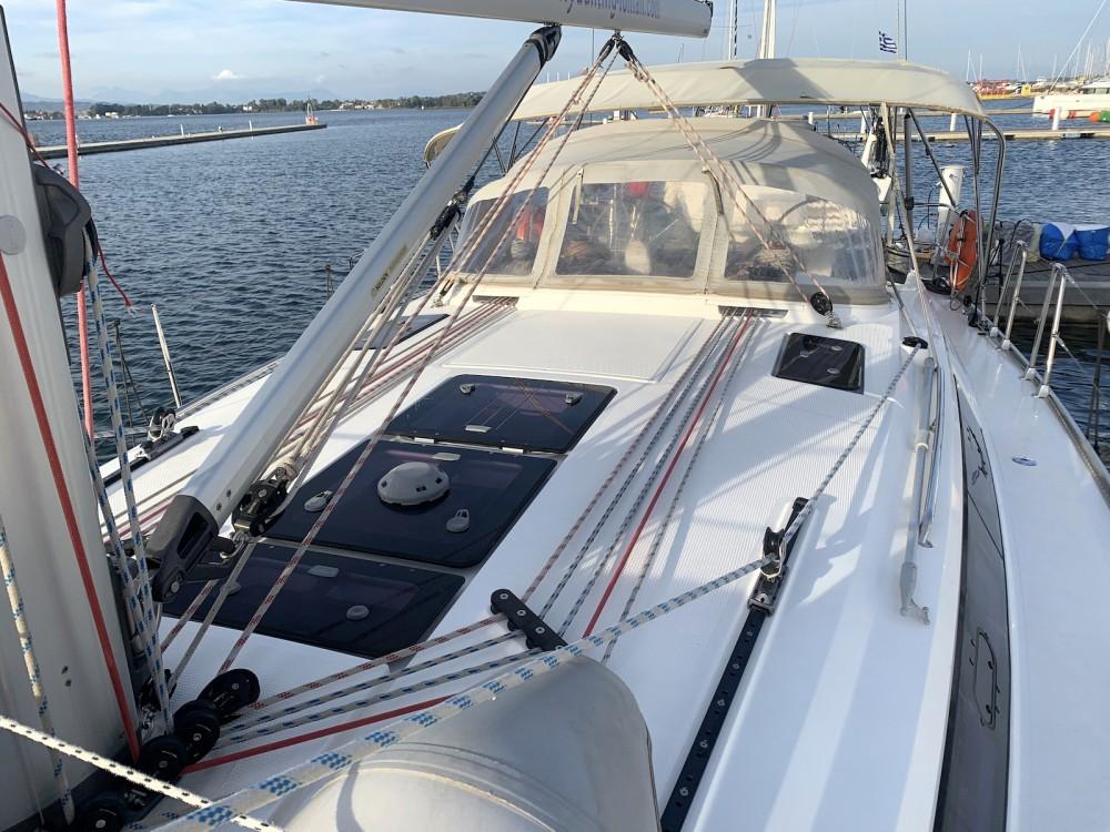 Boat rental Bavaria Bavaria Cruiser 41 in Préveza on Samboat