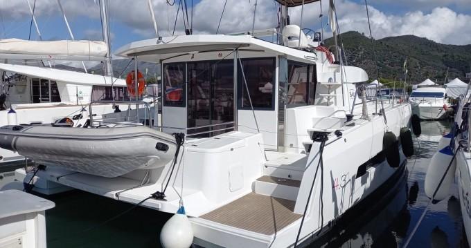 Rental Catamaran in Salerno - Catana Bali 4.3 - 4 + 1 cab.