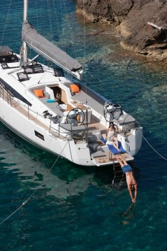 Rental Sailboat in Tortola - Jeanneau Jeanneau 54 - 5 + 1 cab.