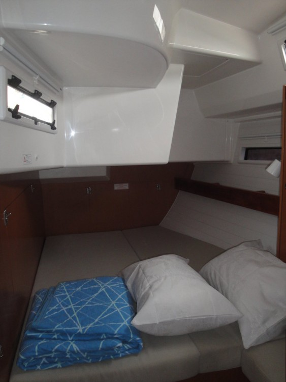 Rental Sailboat in Palermo - Bavaria Cruiser 50