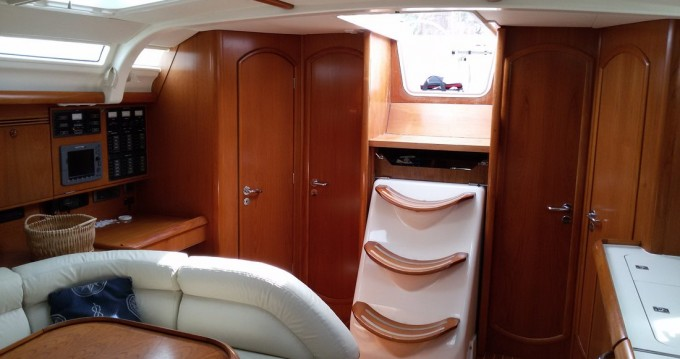 Hire Sailboat with or without skipper Jeanneau Scarlino
