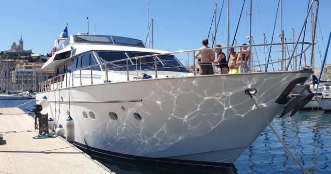 Boat rental Marseille cheap San Lorenzo 70