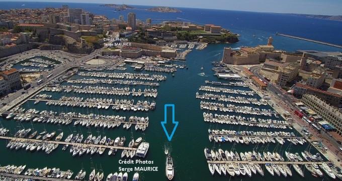 Boat rental San Lorenzo San Lorenzo 70 in Marseille on Samboat