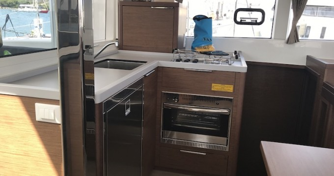 Hire Catamaran with or without skipper Lagoon Salerno
