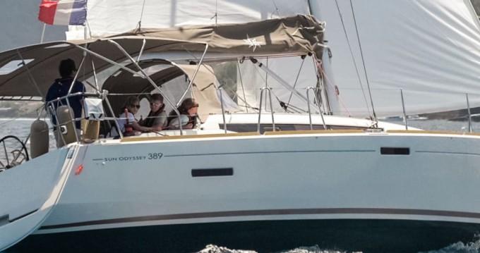 Rent a Jeanneau Sun Odyssey 389 Le Marin
