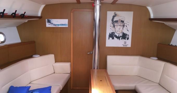 Boat rental Martinique cheap Sun Odyssey 42i
