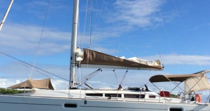 Boat rental Jeanneau Sun Odyssey 42i in Martinique on Samboat