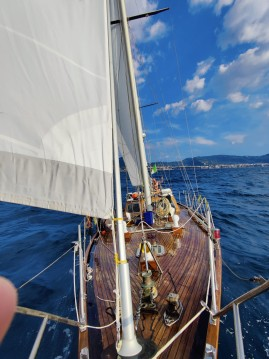 Sailboat for rent Torre Annunziata at the best price