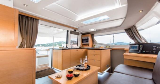 Rental Catamaran Helia with a permit