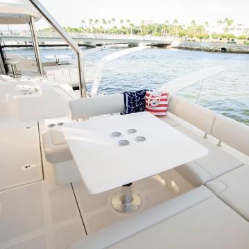 Boat rental Marsh Harbour cheap Aquila 44