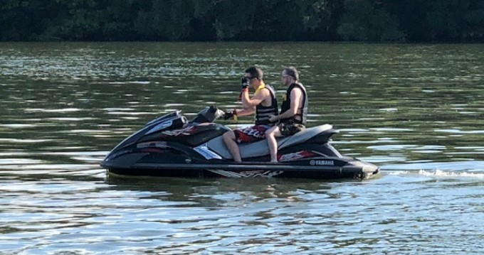 Hire Jet Ski with or without skipper Yamaha Lion-sur-Mer