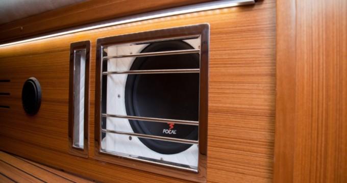 Rent a Northman Maxus 33.1 RS Prestige