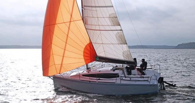 Rental Sailboat in Węgorzewo - Northman Maxus Evo 24 Prestige +