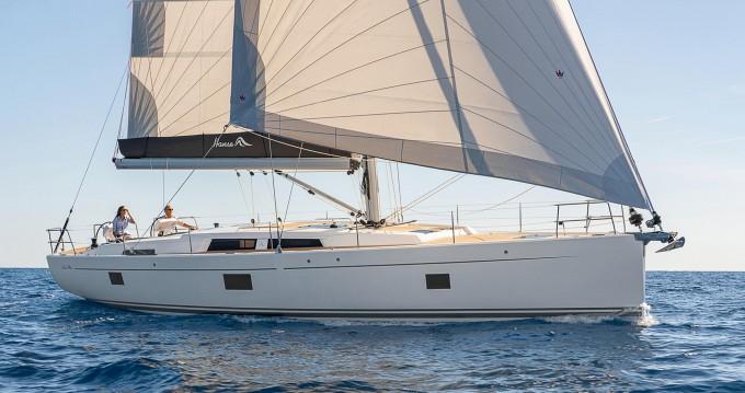 Boat rental Hanse Hanse 508 in Lávrio on Samboat