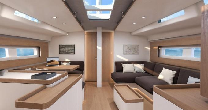 Rent a Bénéteau First Yacht 53 Lávrio
