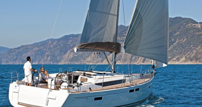 Rental yacht Lávrio - Jeanneau Sun Odyssey 519 on SamBoat