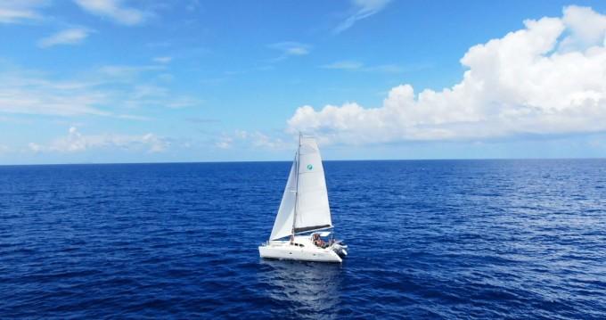 Rental yacht Marina di Portorosa - Lagoon Lagoon 380 S2 on SamBoat