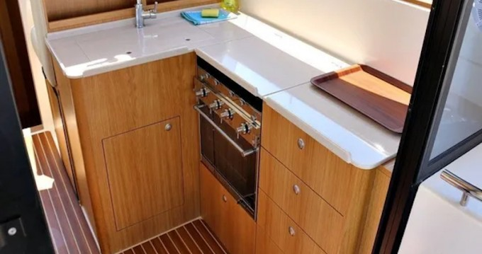 Boat rental Sukošan cheap ADRIANA 44 BT (20)